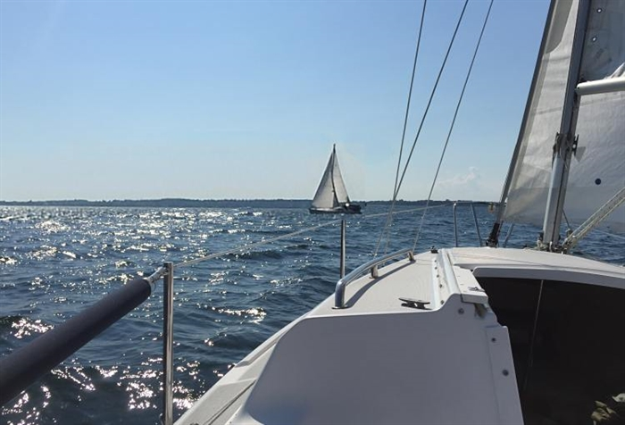 Sailing off Howe Island