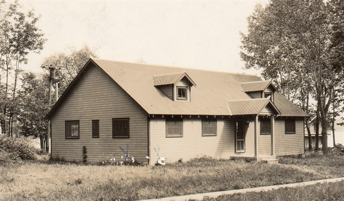 1934 Grenell Island Community House