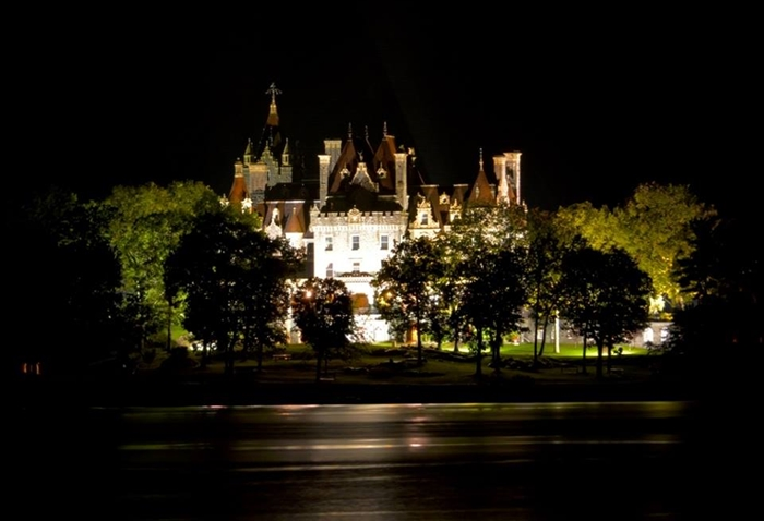 Tim Kocher shares his  Riverview photography of Boldt Castle