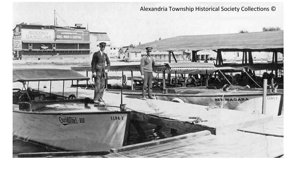"The ""Overland III"" and the ""New Niagara"" were owned by Capt. C.S. Thomson and were among the earliest commercial tour boats operating out of Alexandria Bay."